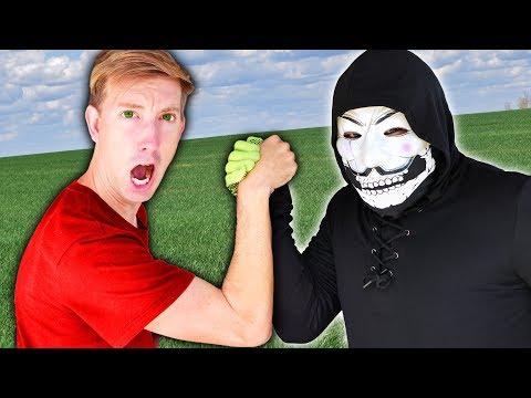 CWC vs BEST FRIEND BATTLE ROYALE Challenge to Learn if Hacker PZ9 is