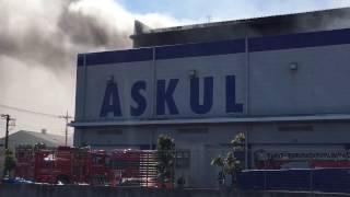 アスクル物流センター火事、まだ鎮火できず2月19日午後時点