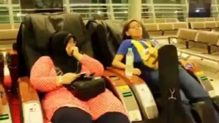 Very funny! Lady using massage chair for first time! Must watch :)