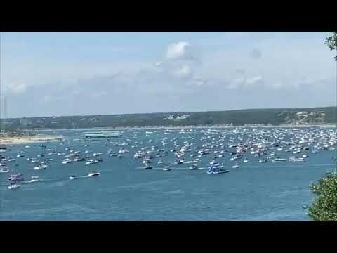 Boat Sinking in Lake Travis at Trump Supporters Parade | Austin, Texas