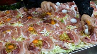 Japanese food stall - pork okonomiyaki 日本屋台 出店 お祭り 길거리음식 街头小吃