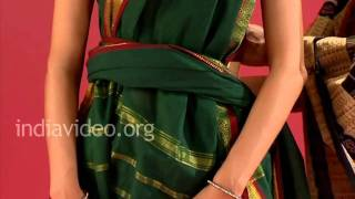 How to wear a saree in Tamil pinkosu style