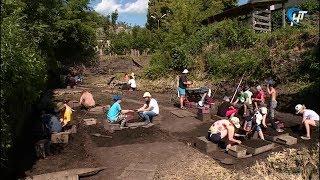 Археологи начали работу на Троицком раскопе