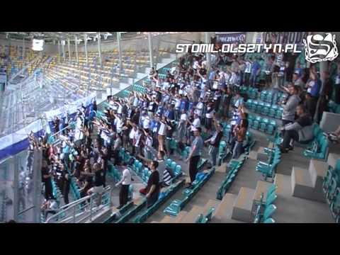 Doping kibiców Stomilu Olsztyn na wyjeździe w Gdyni