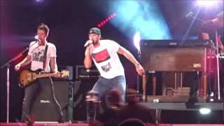 """Move"" - Luke Bryan - CMA Fest 2016 Nissan Stadium"