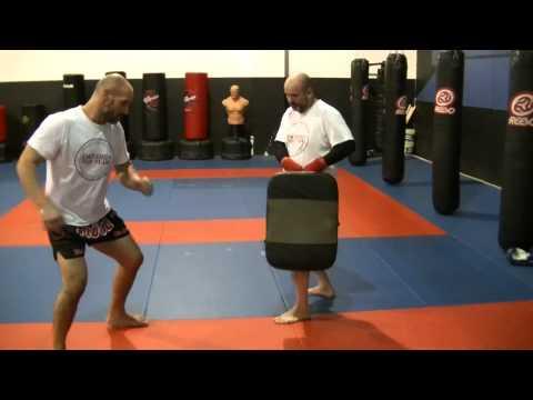 Tutorial How to do a Muay Thai Low Kick (cut kick)