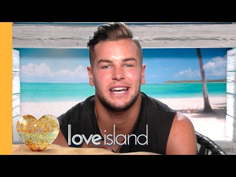 #BeachHutHookUp: Chris Answers Your Questions | Love Island