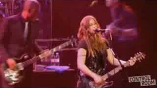 Alanis Morissette - Eight Easy Steps - live Brixton 2008