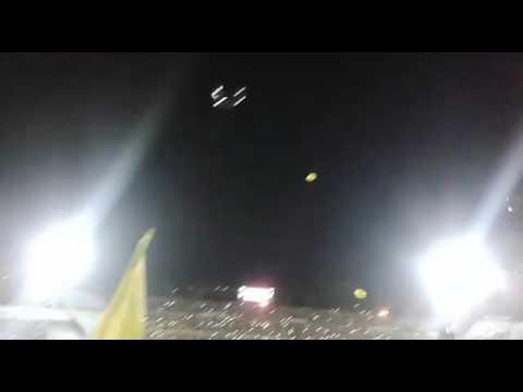 """""""Recibimiento Peñarol Vs Huracán - Copa Libertadores 2016"""" Barra: Barra Amsterdam • Club: Peñarol"""