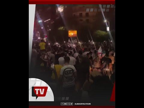 تواصل الاحتفالات أمام نادي الزمالك بعد تتويج الفريق بالدوري