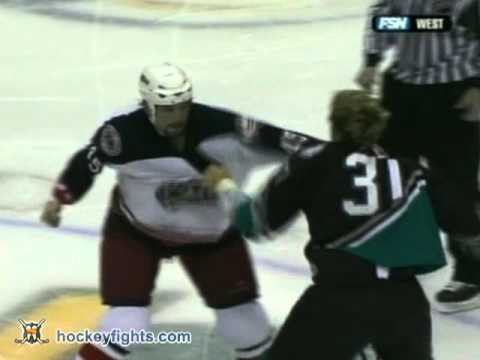 Jody Shelley vs Kip Brennan