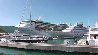 preview picture of video 'St. Thomas Cruise Ship Port'