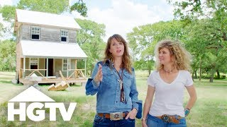 Spotting Great Junk With The Junk Gypsies - HGTV