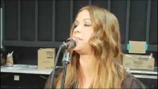 3 - Incomplete - alanis morissette (Blue room performance 2008)