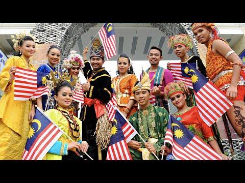 8 Baju Tradisional Yang Underrated di Malaysia