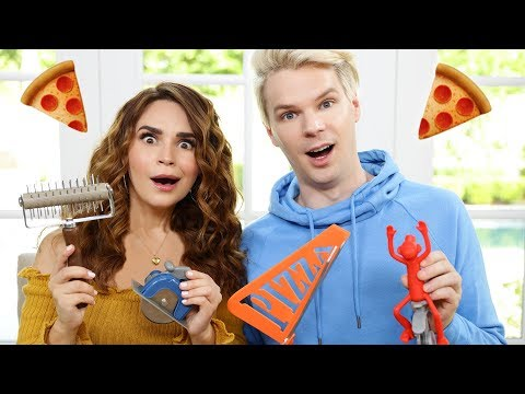 TRYING FUN PIZZA GADGETS!