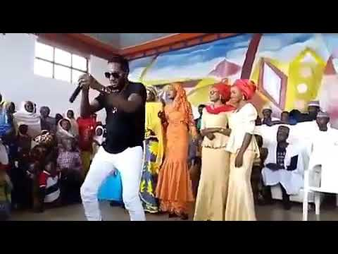 SADIQ SANI SADIQ BIKIN SALLAH (Hausa Songs / Hausa Films)
