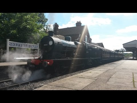 Southern Railway Q Class 30541 departs Sheffield Park on the…