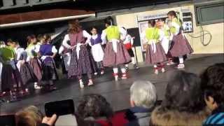 preview picture of video 'Santa Llucia 2014 - Esbart Rocasagna - Gelida'