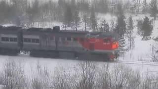 Тепловоз 2ТЭ10У-0084 с грузовым составом + интересный груз + пустые вагоны