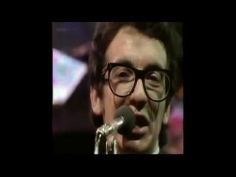 , title : 'Elvis Costello And The Attractions - Radio Radio (Live) (Lyrics)'