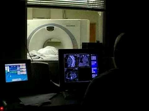 16 Slice CT Scan Machine