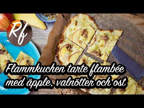 Flamkuchen eller Tarte flambée toppad med äpple, valnötter, god ost och crème fraiche.>
