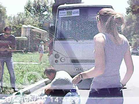 Автобус сбил пешехода в Симферополе