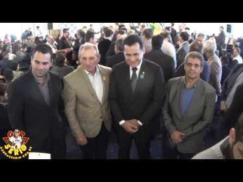 Prefeito Ayres Scorsatto no Palácio do Governo para assinatura do convenio de duas ambulâncias para Juquitiba
