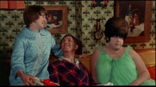 Female Trouble Christmas (1974) - HQ