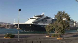 preview picture of video 'MS Westerdam in Piraeus ( Pireas) - Griechenland HD Travel Channel'