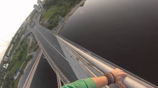 Спуск с Октябрьского моста