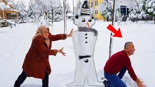 KOCAMAN Kardan Adam Şakası Ayşe Üstüme Devirdi, For Christmas SNOWMAN PRANK 1