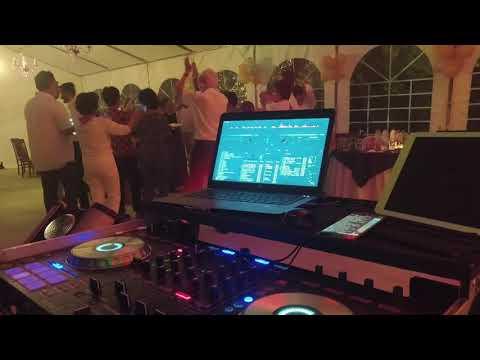 Cumpleaños en Ávila con DISCOMÓVIL DJ