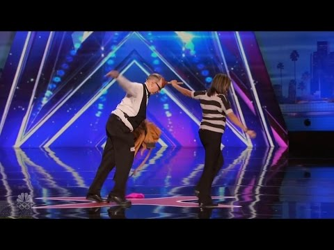 America's Got Talent 2016 Failed but Funny Magicians Full Audition Clip S11E05- MTW