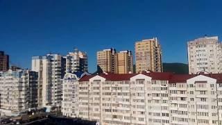 Чайки в небе. Кружат над головой. Новороссийск.