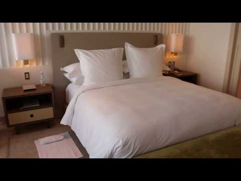 Four Seasons Hotel at the Surf Club – Miami, Oceanfront Room (1002)