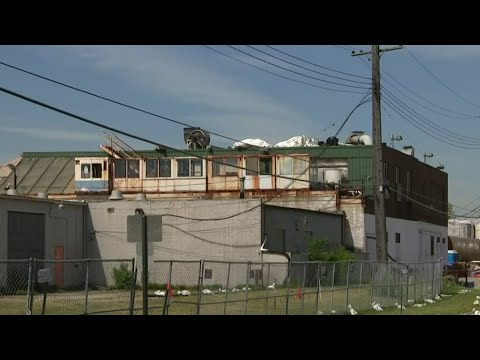 Owner of Madison Heights green ooze building finally starts cleaning up worrisome Detroit property