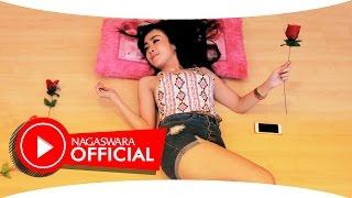 Ucie Sucita - SMS (Radio Edit Mix) - Official Music Video NAGASWARA  #music
