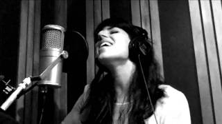 Brooke Fraser - Something in the Water (acoustic at The Edge)