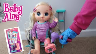 BABY ALIVE Emma Breaks Her Leg Cast play set baby alive videos