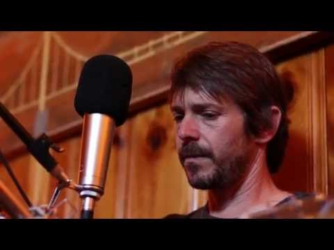Glen Phillips: The Easy Ones | Peluso Microphone Lab Presents: Yellow Couch Sessions