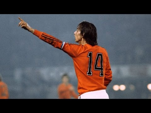 Johan Cruijff- Legendary goals/skills/passing