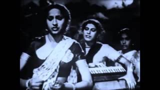 .0:LATA JI~Film~BADI BEHEN~{1949}~Jo Dil Mein Khushi