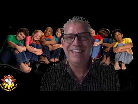 Secretário de Educação Oscar Vitorino