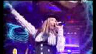 Fergie - London Bridge (LIVE) (Great performance)