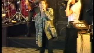 INXS - 02 - Stay Young - Melbourne - 13th February 1983