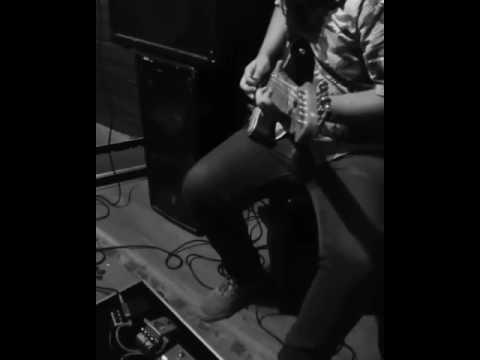 Jason Lee Jones feat Fred Arrais - Tu és bom (Guitar preview)