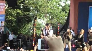 Ne-Yo-Let Me Love You LIVE on Good Morning America (Summer Concert Series)