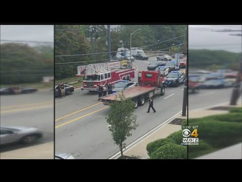 guy stabs tow truck driver